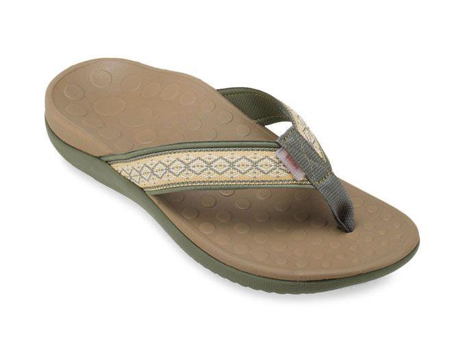 รองเท้า สำหรับ ผู้ สูงอายุ